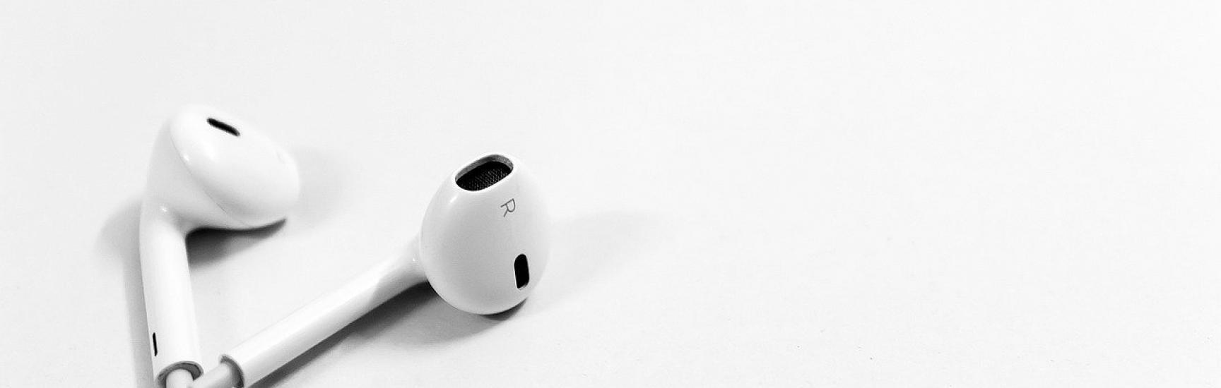 headphones while driving ontario